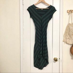 O'Neill short sleeve green/black midi dress S